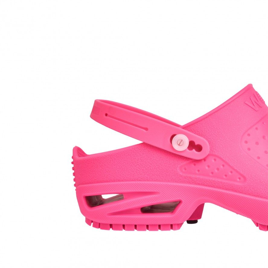 WOCK  CLOG/BLOC Pink Strap for greater comfort and safety