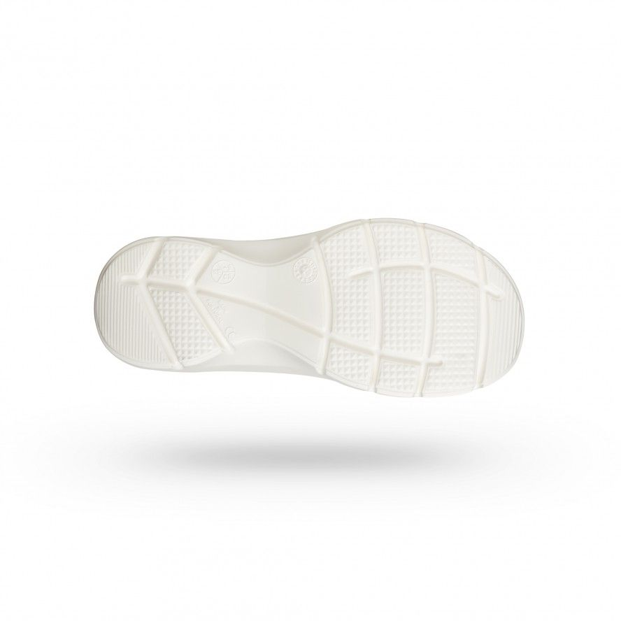 WOCK White Lightweight Clogs w/ Professional Performance FLOW 05