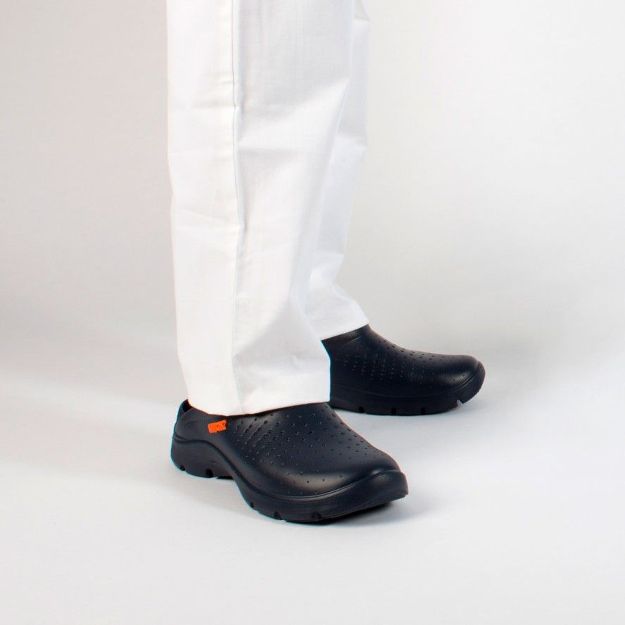 WOCK Navy Blue Lightweight and Comfortable Clogs FLOW 01