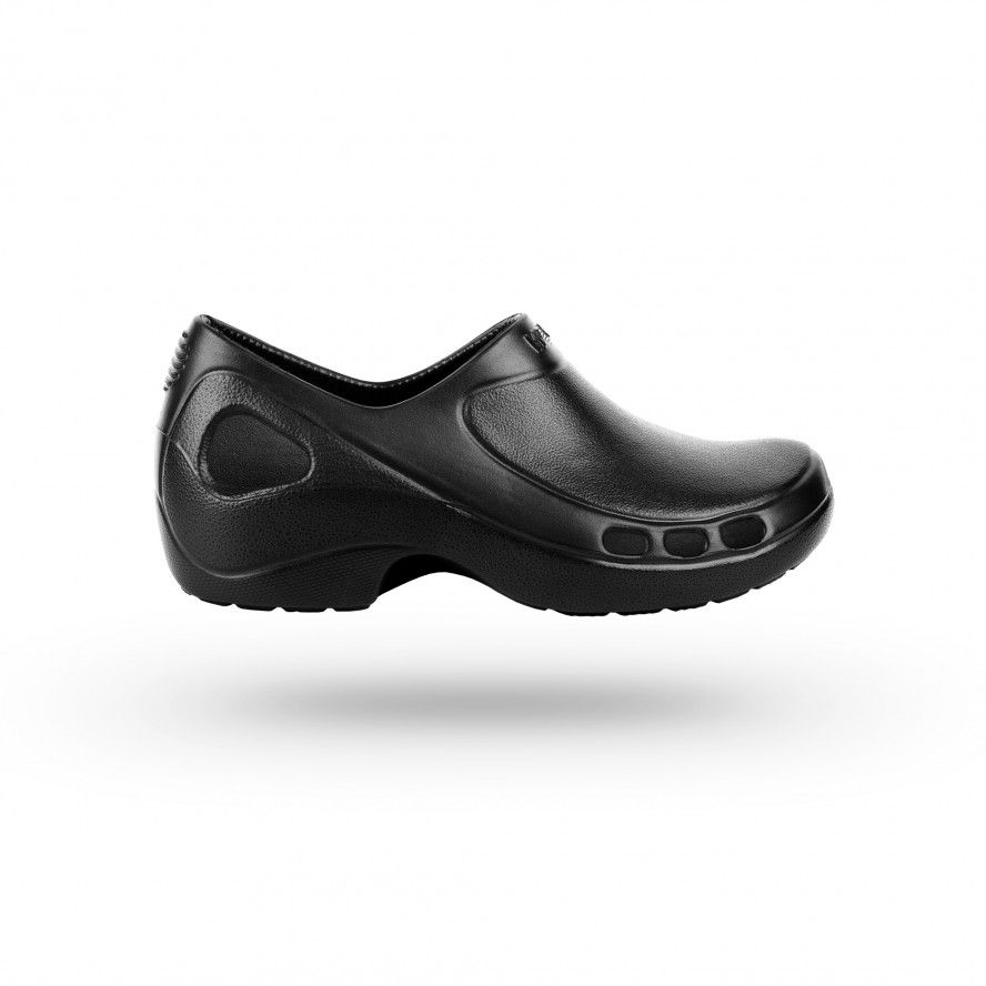 WOCK Black Nursing/Work Shoes EVERLITE CLOSED 02